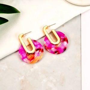 Jewelry - NWT pink hoop acrylic earrings